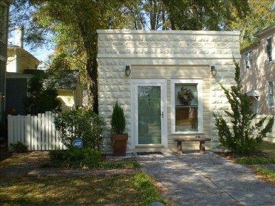Vrbo Com 349410 Historic Chestnut Street Garage Converted Garage Best Tiny House Tiny House