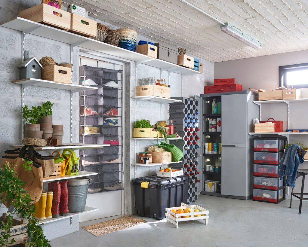 Aménagement de rangement du sol au plafond | Cellier | Rangement chaussures, Rangement et ...