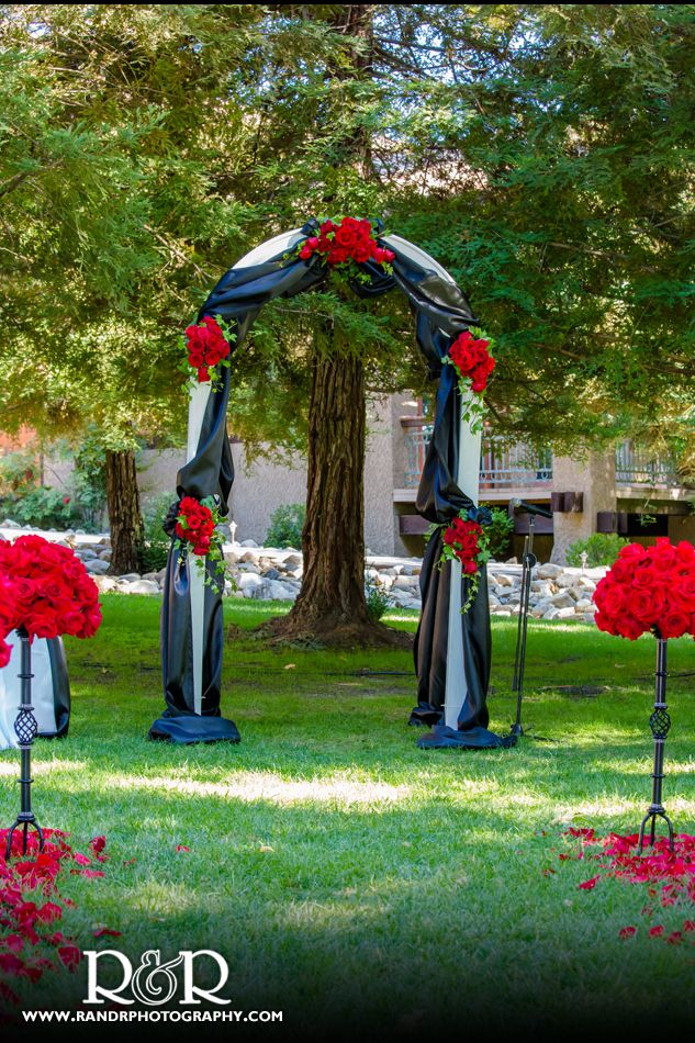 Red & Black Wedding arch | wedding favors | Pinterest | Red black ...