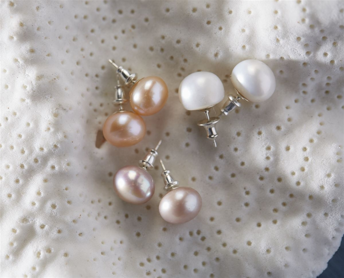 Wendy Mignot Fine Pearls And Leather Jewelry The Authentic