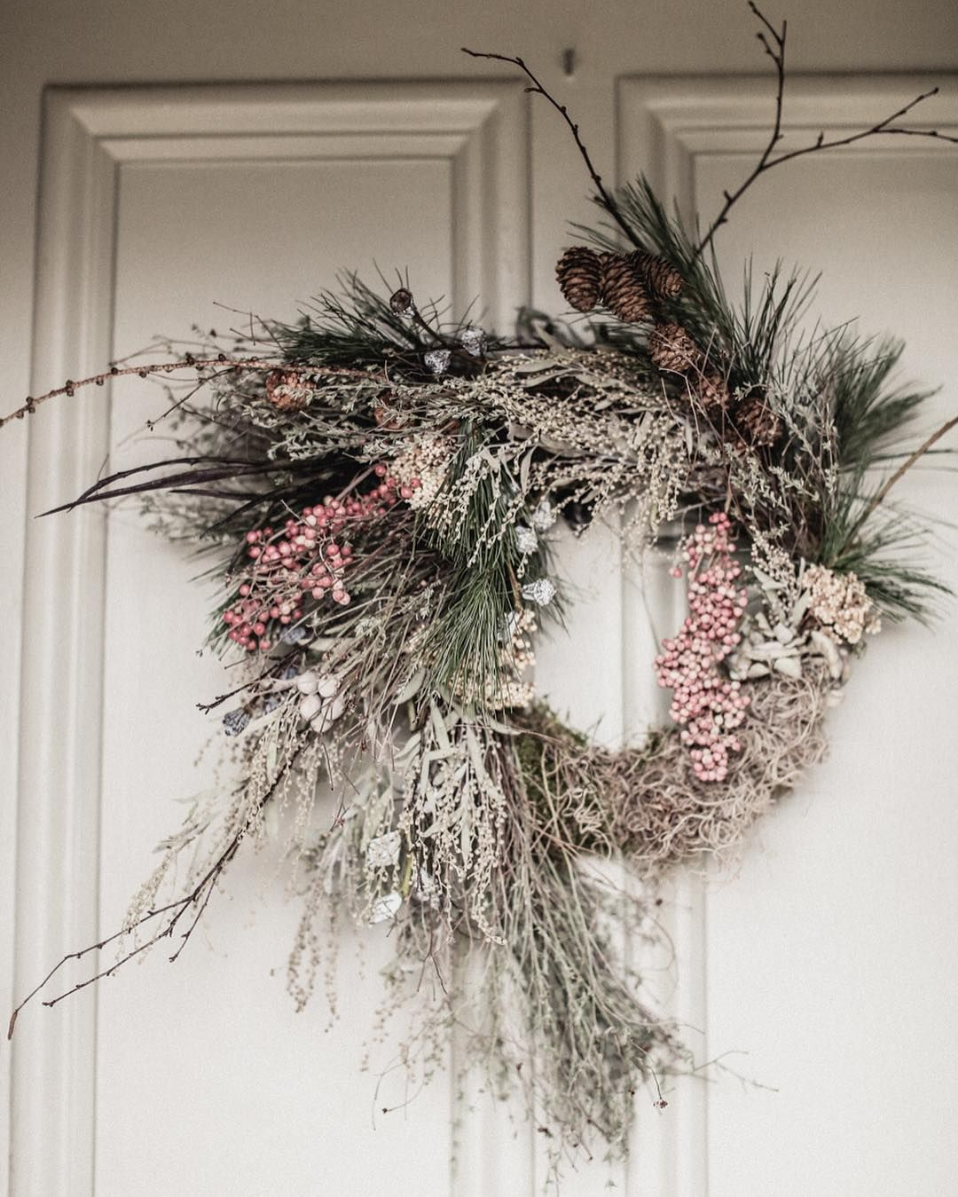 A wreath is for life, not just for Christmas  @belle_andbeau