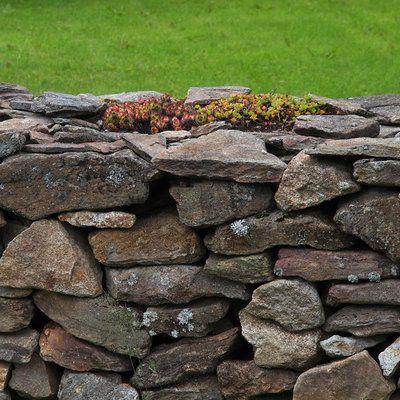 Les murs en pierres sèches, une tradition de l\u0027architecture - paroi anti bruit exterieur