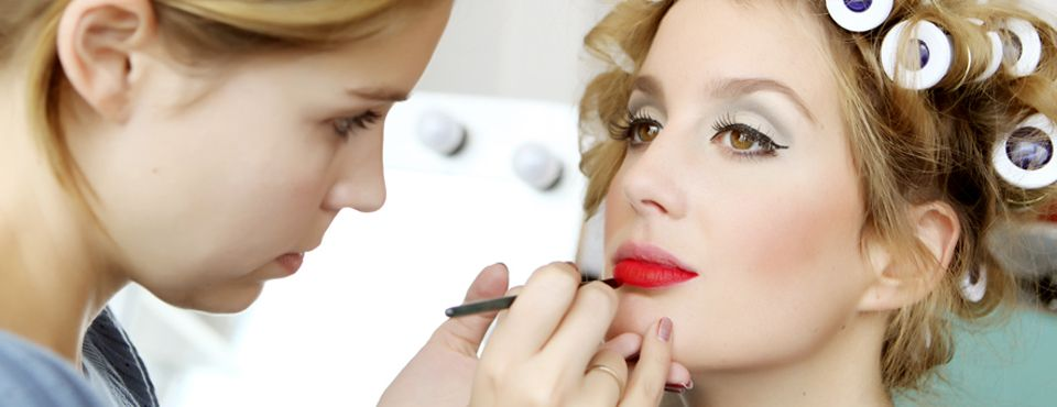 How To Make Your Own Makeup Airbrush System - Tips To ... |Makeup Tips For Airbrush