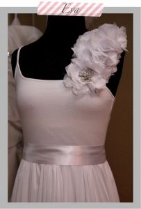 minus the flowers and changing up the colors but this is going to be my DIY bridesmaid dress! I got a white v-neck tank!  All I need is fabric for the skirt and a sewing machine!