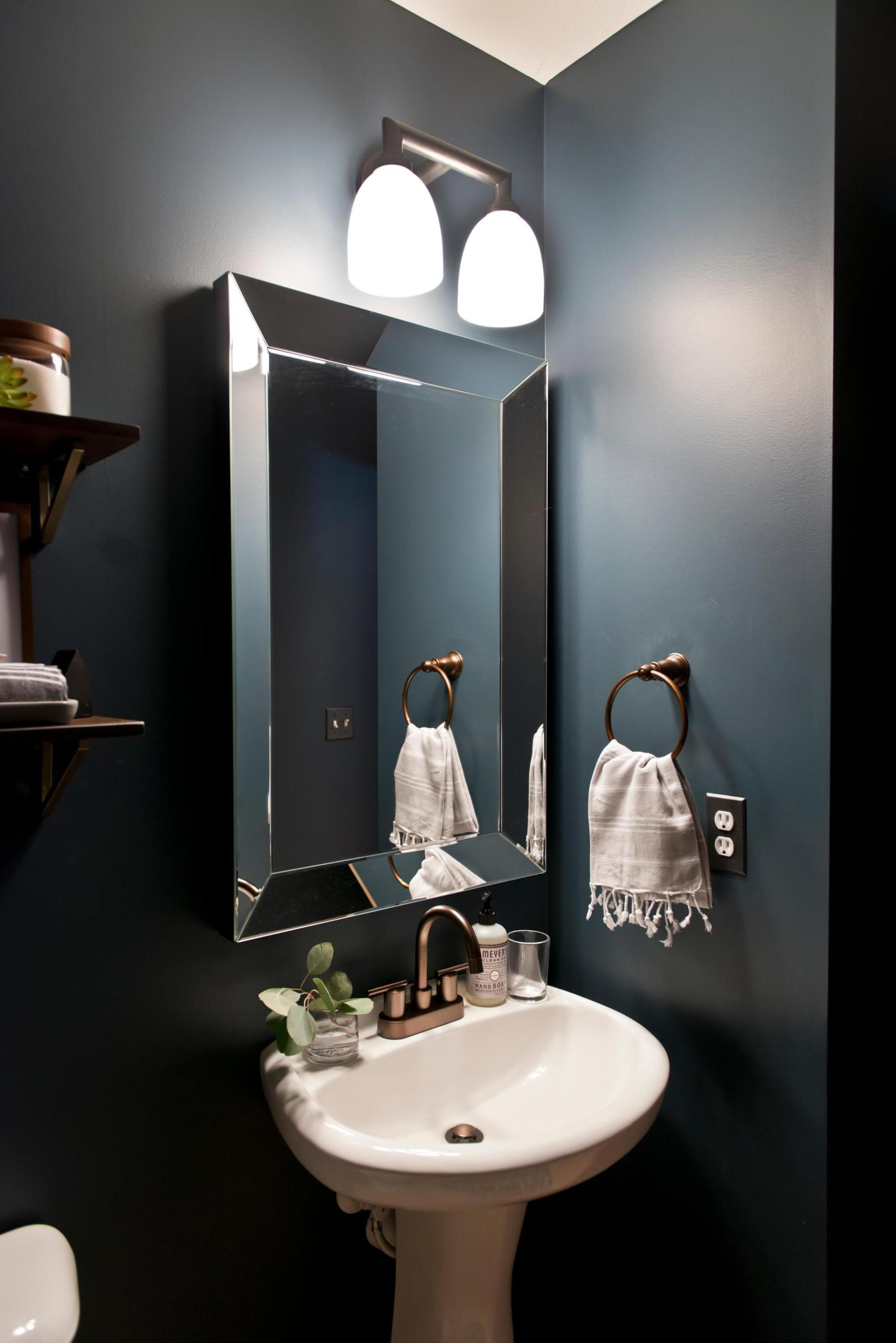 32 Best Small Bathroom Design Ideas And Decorations For 2020: 12+ Best Powder Room Ideas & Designs For Your House 2020