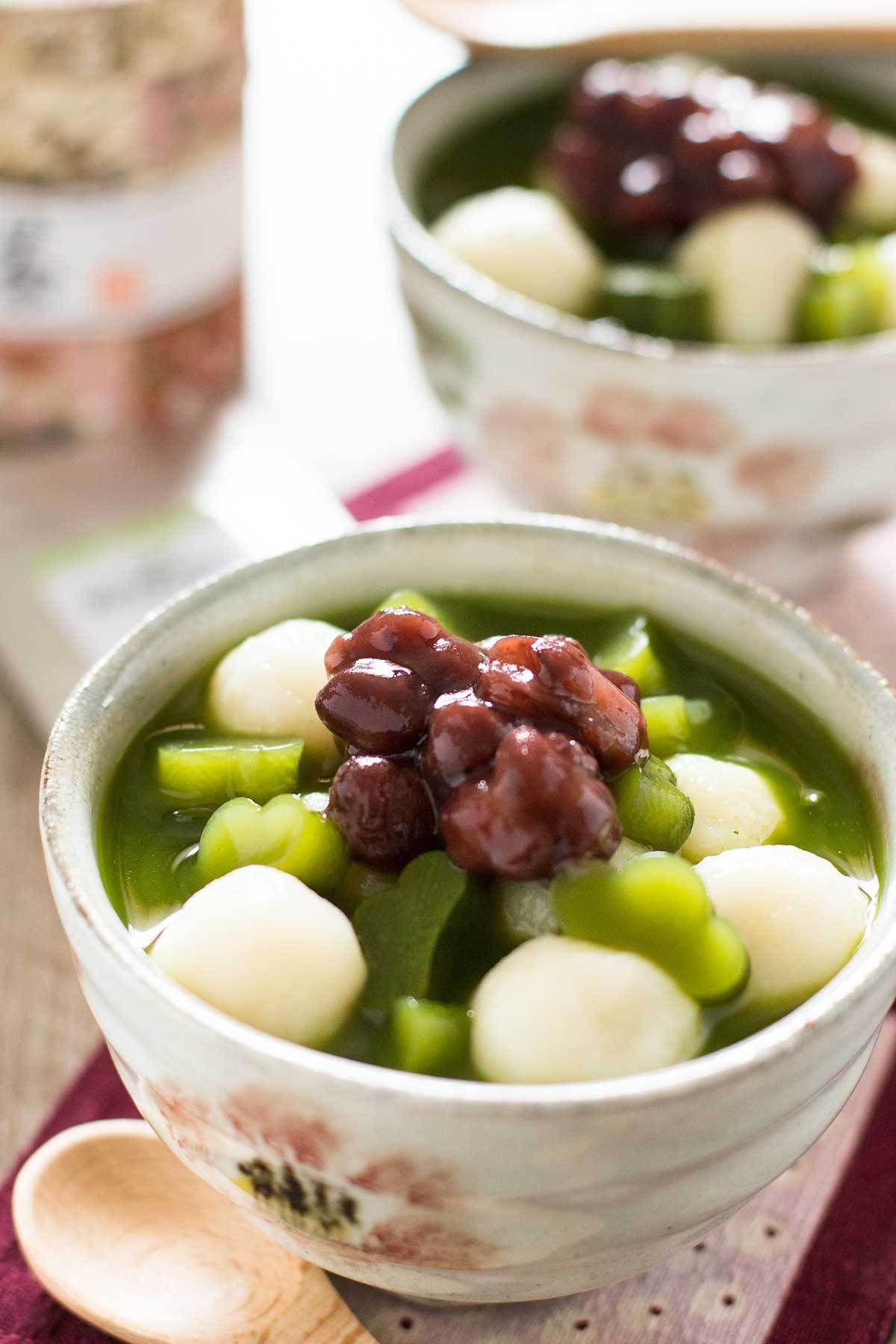 Cold Matcha Zenzai Green tea recipes, Japanese dessert