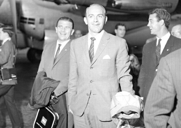 Alfredo Di Stefano With Ferenc Puskas As Real Madrid Arrive In Glasgow To Take On Rangers 1963 Picture Tspl Real Madrid Alfredo Di Stefano Di Stefano