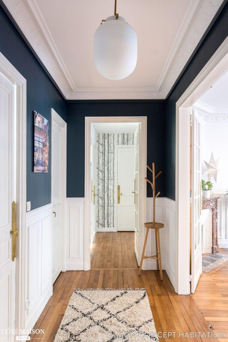 Une entrée accueillante en bleu et blanc - Côté Maison - #accueillante #appartement #Blanc #bleu #Côté #en #entrée #Maison #Une #decorationentree