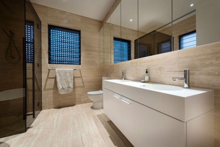 Maritime Wohnideen mit neutralen Farben im modernen Interieur