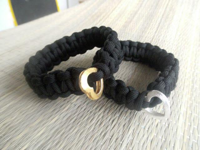 A Spoonful of Crafts: Enkelt, knyttet armbånd / Paracord Square Knotted Bracelet