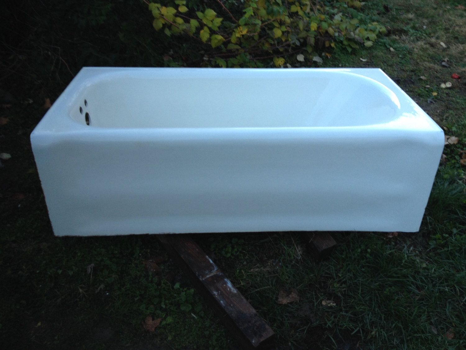 Vintage Cast Iron Art Deco Alcove Bathtub Antique tub in Very Good ...