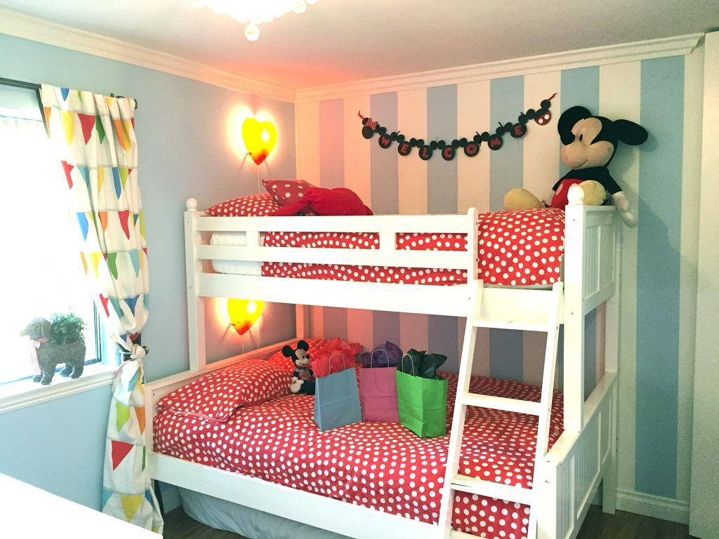 kids room with twin full bunk bed extra twin mattress on the floor