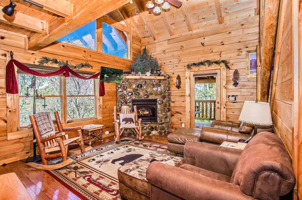 Honey Bear Pines 2 Bedroom Cabin Rental Beautiful Cabins Cabin Rentals Cabin