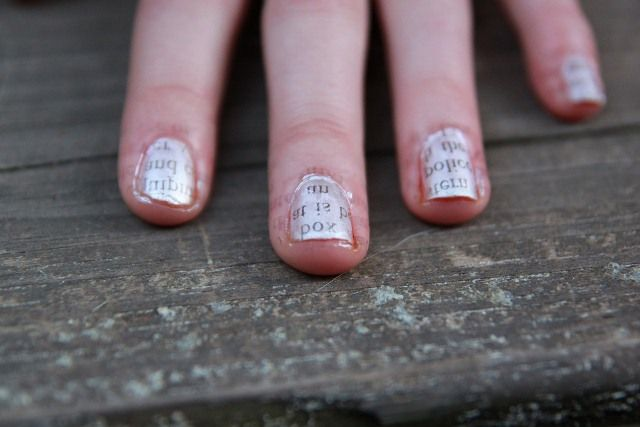 Newsprint Transfer Nails -- Cute!