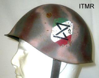 http://www.militariacollection.com/immagini/elmetti-ita/elmetto%20Marina%20RSI.jpg