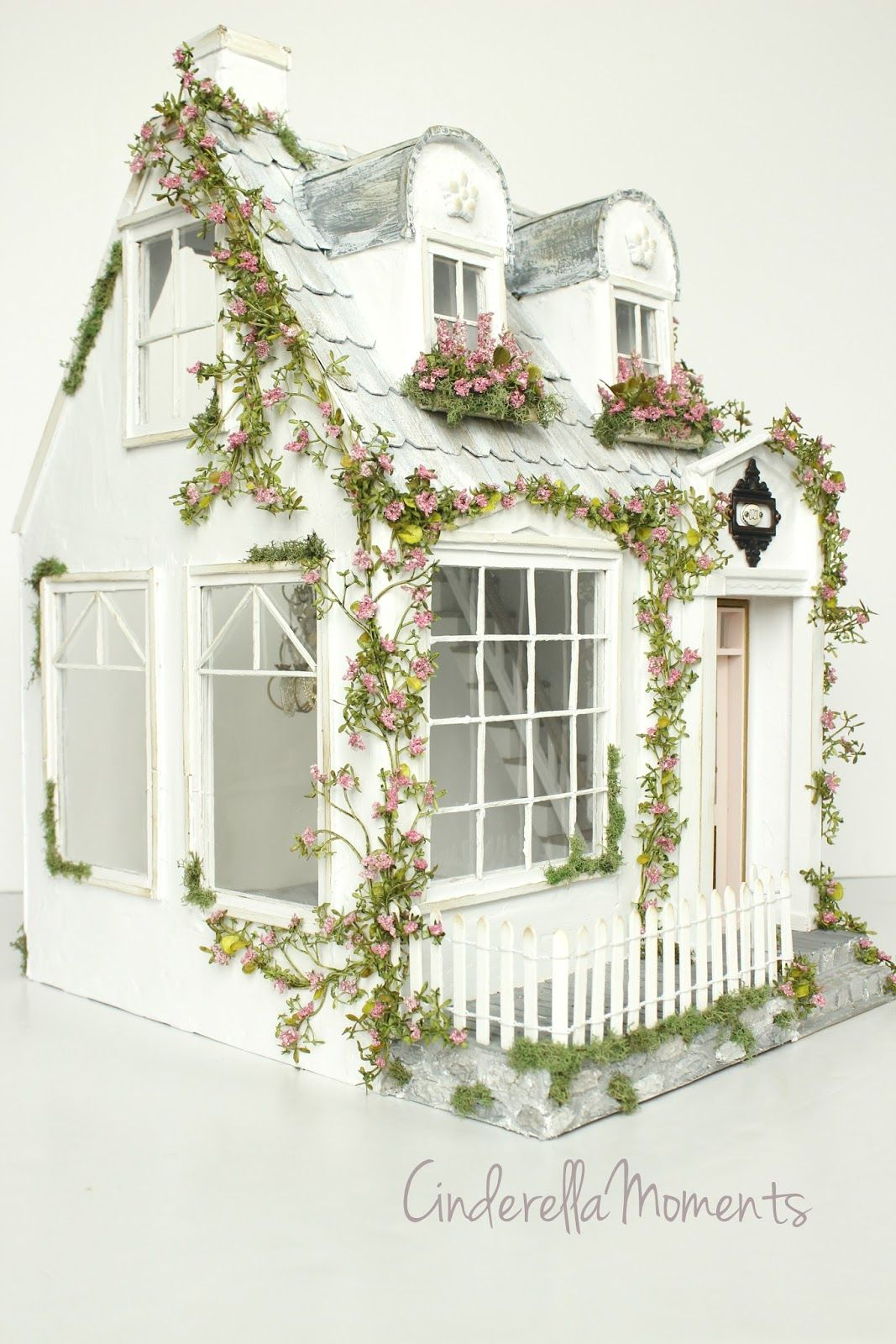 Eliz Cottage Custom Dollhouse Doll house, Best doll