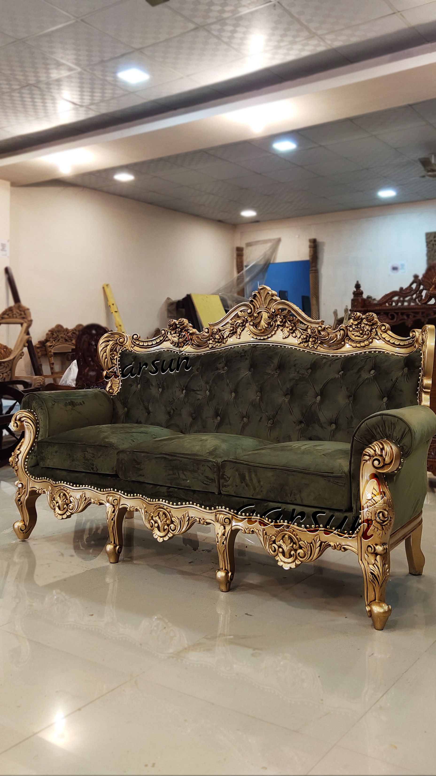 Exclusive Range Of Classic Royal Sofa Set Yt 227 In 2020 Sofa Set Luxury Furniture Sofa Wooden Sofa
