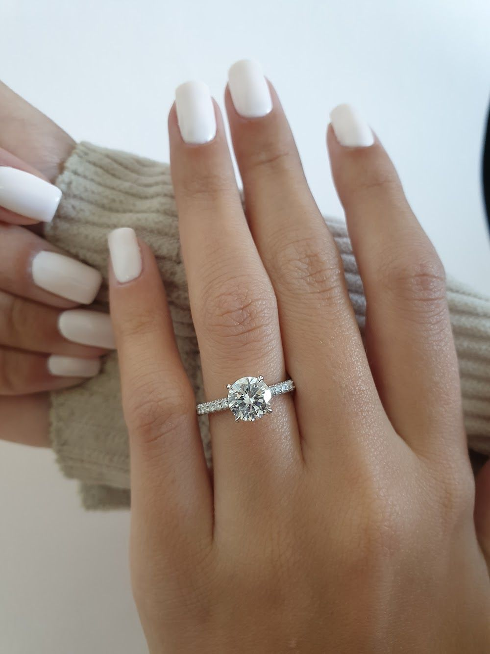 Perfect Round Brilliant Engagement Ring Brilliant Engagement Rings Future Engagement Rings Engagement Rings Round Gold