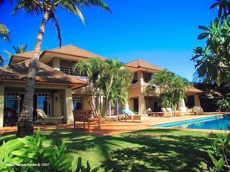 Hawaiian home accessories interior home decoration for Pool design hawaii