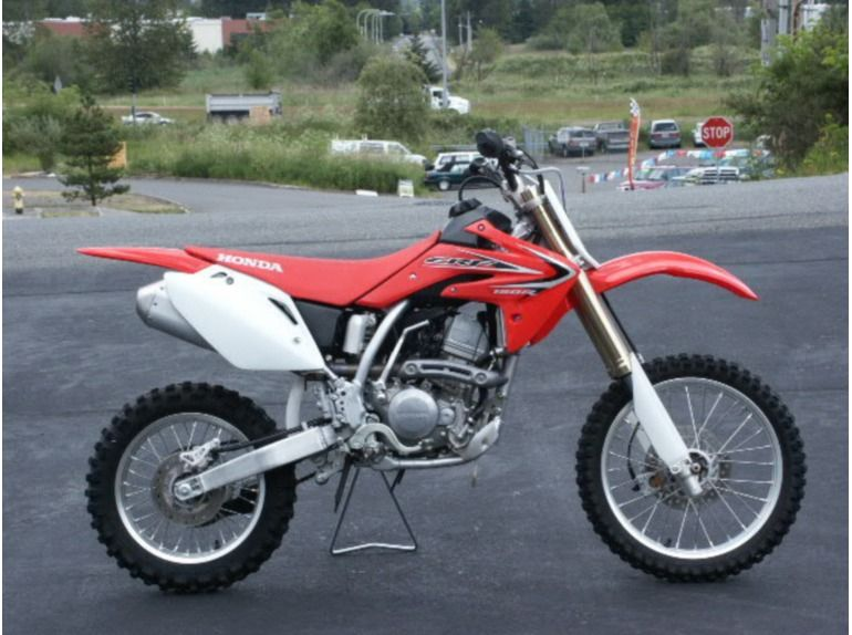 Used 2012 Honda Crf150r Dirt Bike In South Auburn Motorcycleszone Com Honda Dirt Bike Dirtbikes Cool Dirt Bikes