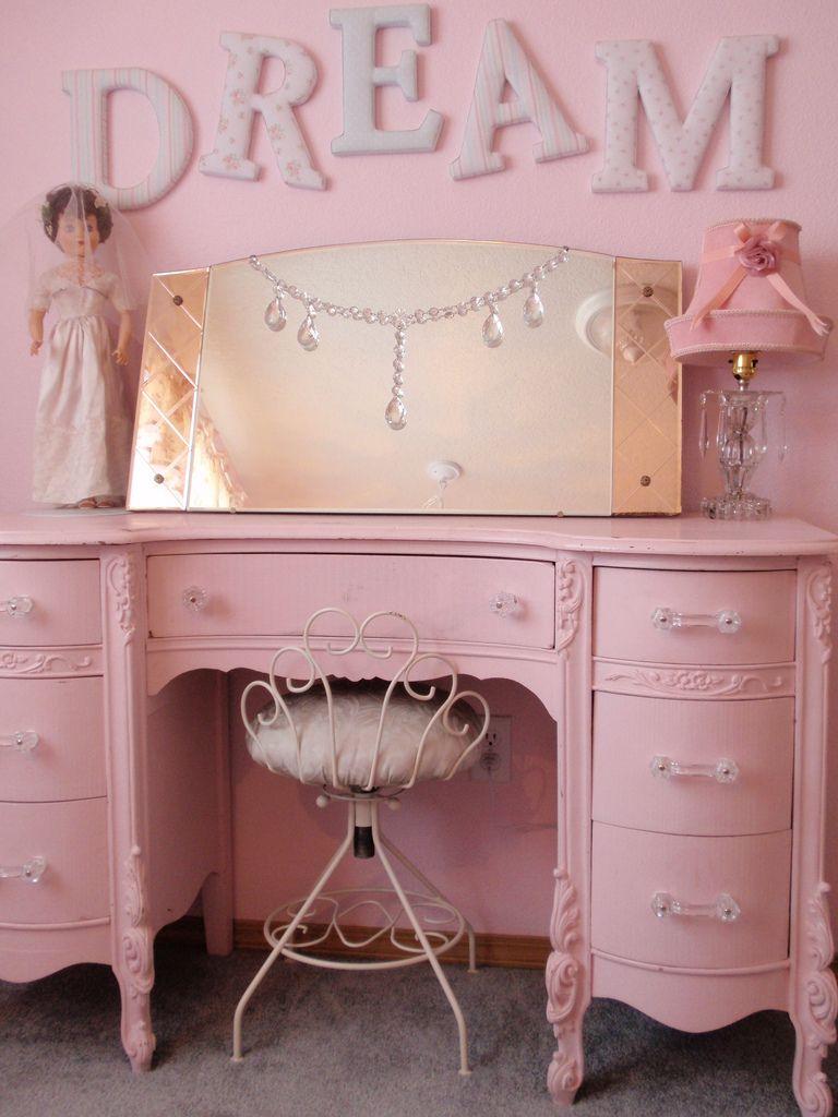 Vintage pink dresser in baby girl room this is just too for Cute vanity desk
