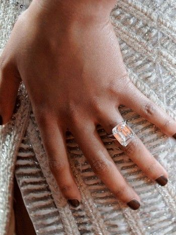 Beyonces 18 carat diamond engagement ring by Lorraine Schwartz
