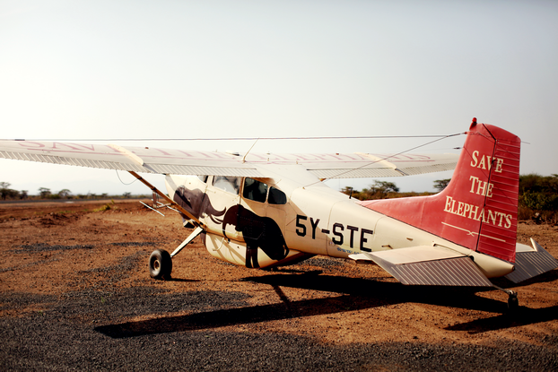 Airplane in Kenya, via Alix of thecherryblossomgirl Save