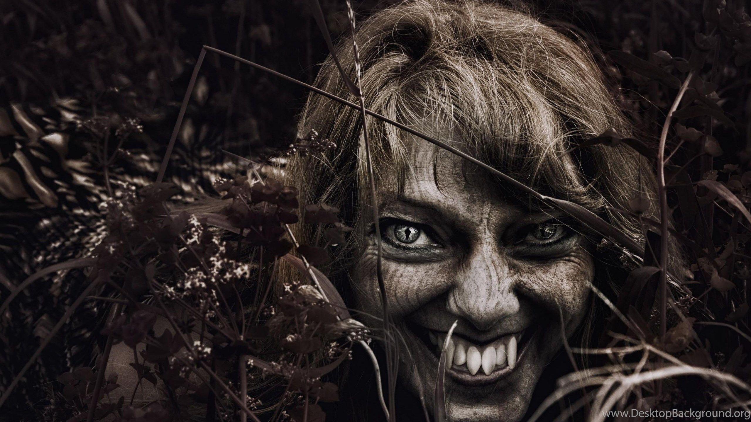 Evil Smile Wallpaper Scary wallpaper, Demon drawings