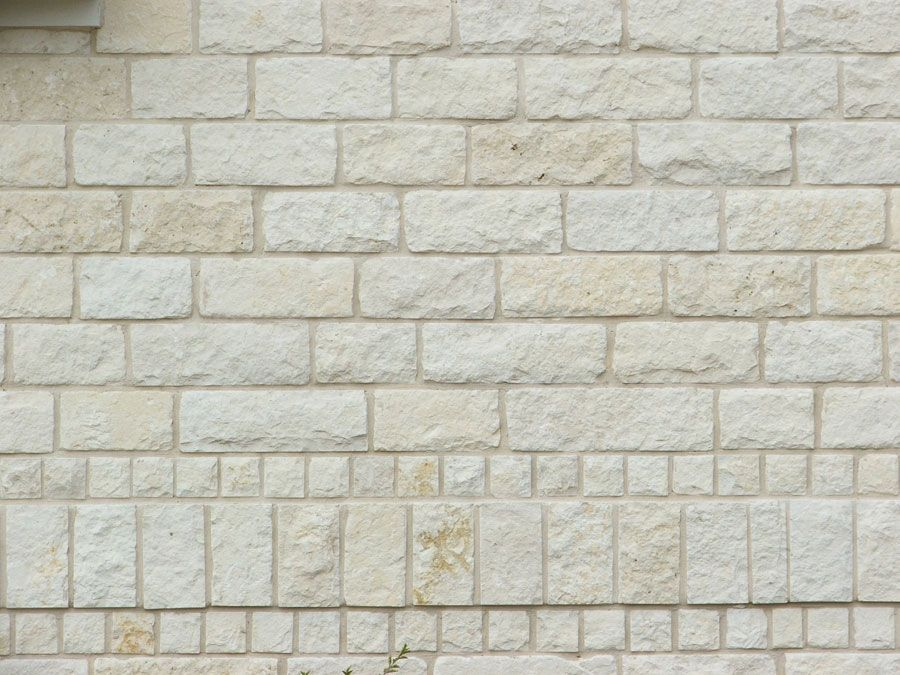 Pin By Great Lakes Masonry Products I On Thin Stone Veneer Exterior With Images Stone Veneer