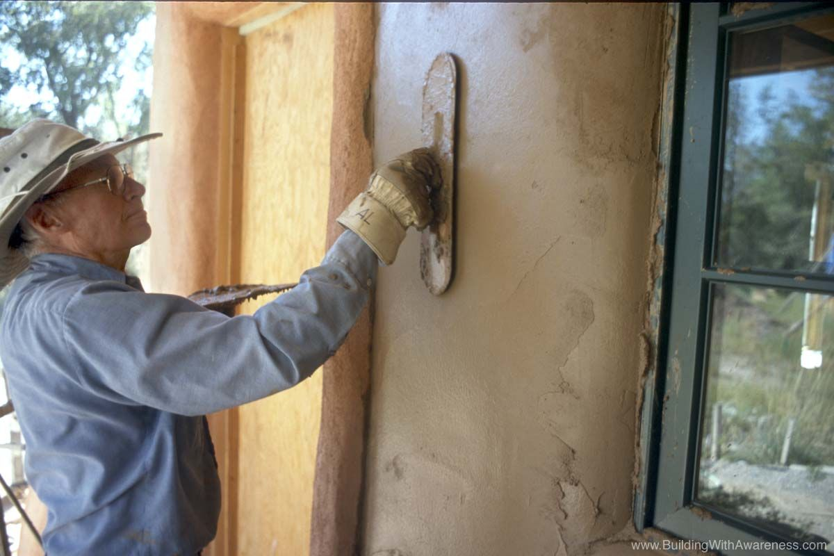 Pictures Of Straw Bale Home Construction Cob Building Earthship Home Straw Bale Construction