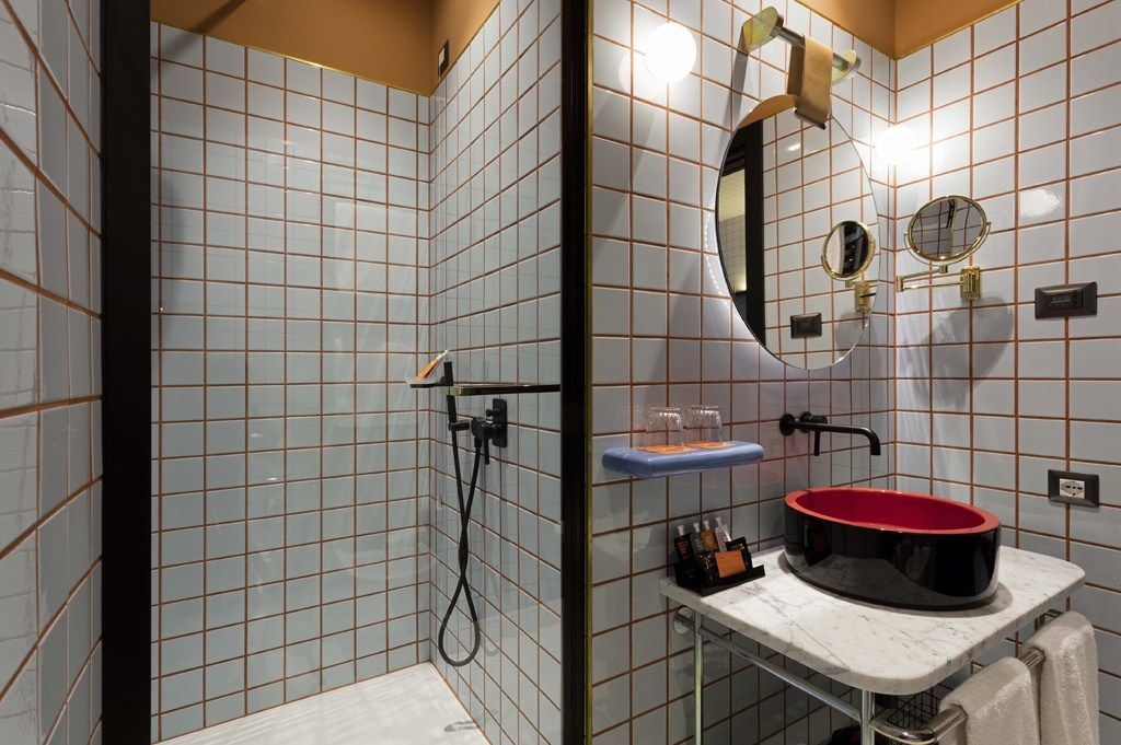 Hotel giulia piastrelle ceramica vogue bagno gridlines design