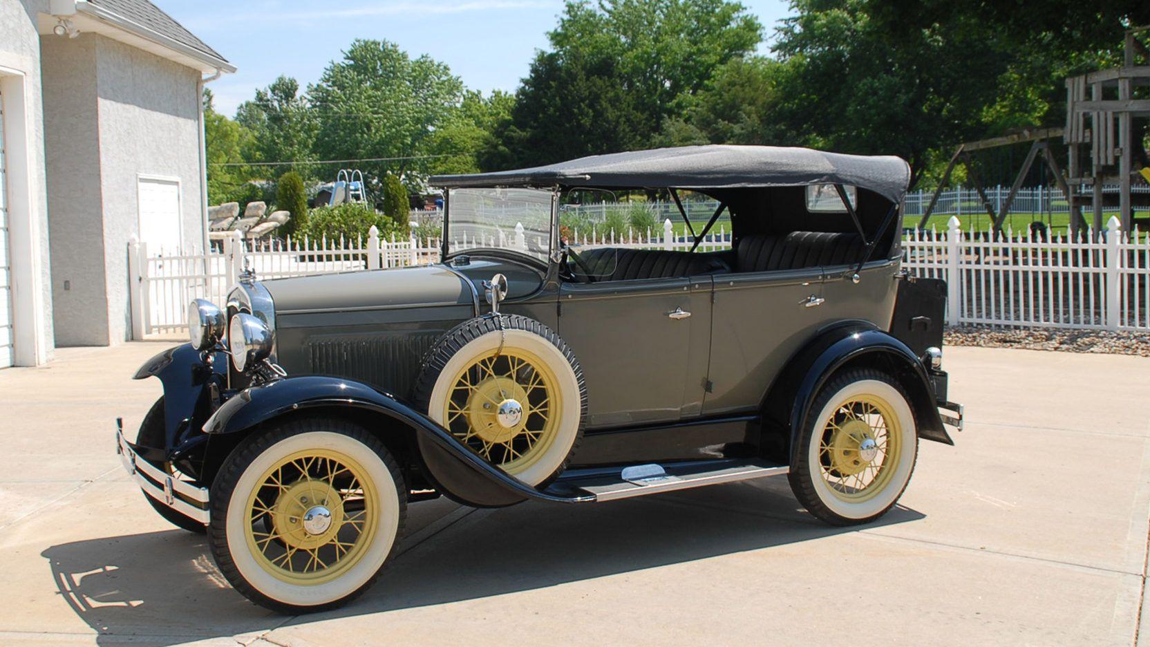 1931 Ford Model A Phaeton presented as Lot T124 at Kansas City, MO ...