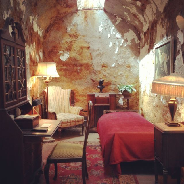 Al Capone's cell at Eastern State Penitentiary, Philadelphia.