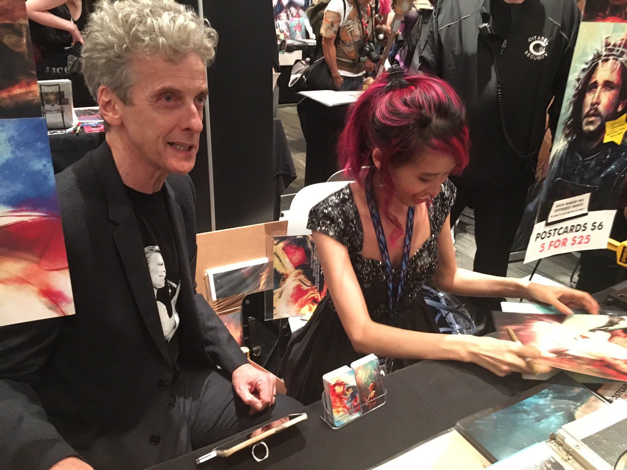 Peter Capaldi visits Alice Zhang at nycc