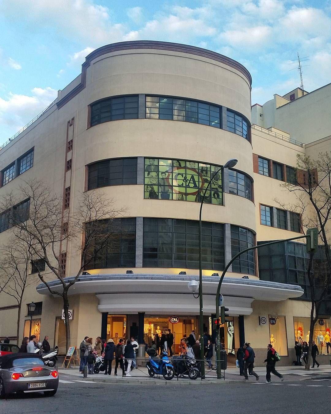 Instagram Photo By Luis López Vicente Apr 16 2016 At 4 03pm Utc Fotos Antiguas Madrid Arquitectura Racionalista Arquitectura