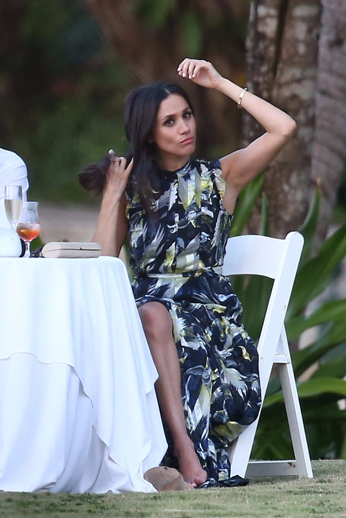 Meghan Markle Wears The Perfect Vacation Dress at Bondi Beach Meghan Markle Wears The Perfect Vacation Dress at Bondi Beach new pics