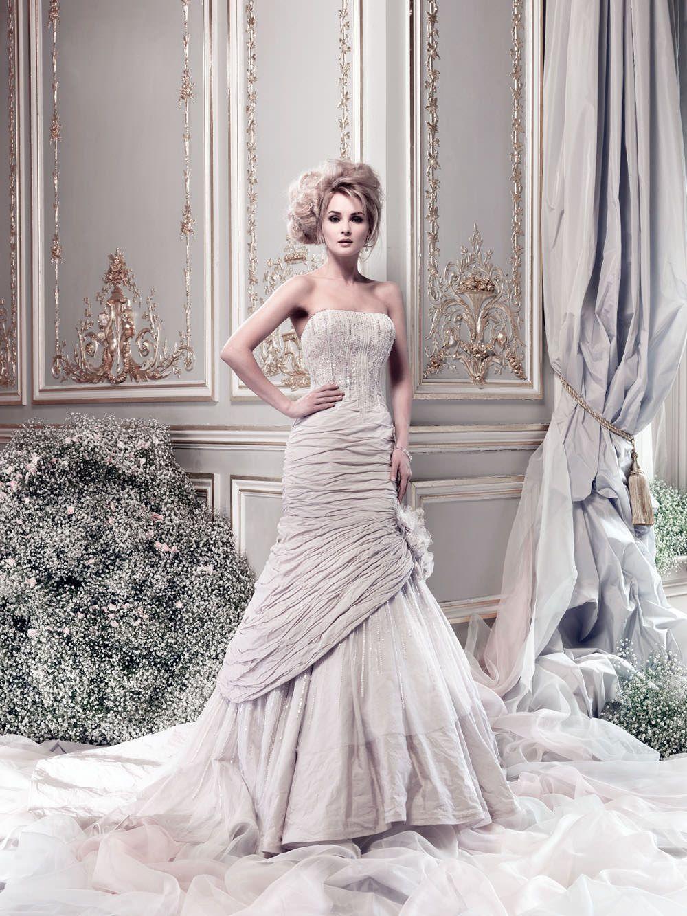 Cosmoplitan pale lilac ian stuart beautiful wedding