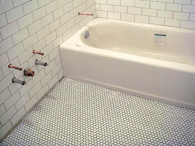 5790b7f4ff9cf39504da279add020929.jpg (800×600) | Penny Tiles Bathroom,  Bathroom Flooring, Penny Round Tile Bathroom
