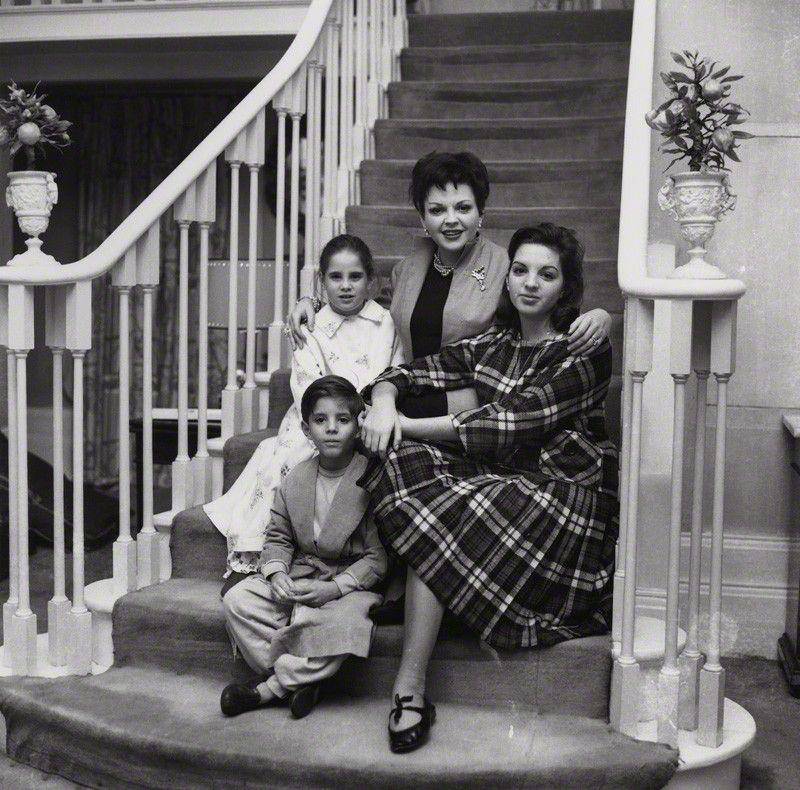 Judy Garland, Sidney Luft, Liza Minnelli, Lorna Luft, & Joey