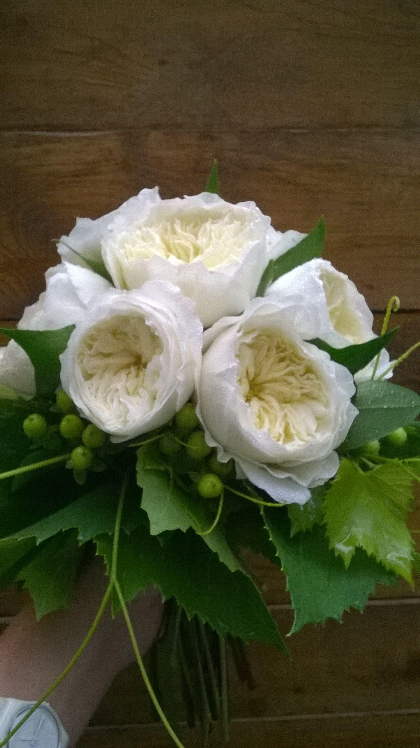 Bouquet Sposa In Inglese.Bouquet Da Sposa Con Rose Inglesi Dave Austin Con Pampani Di