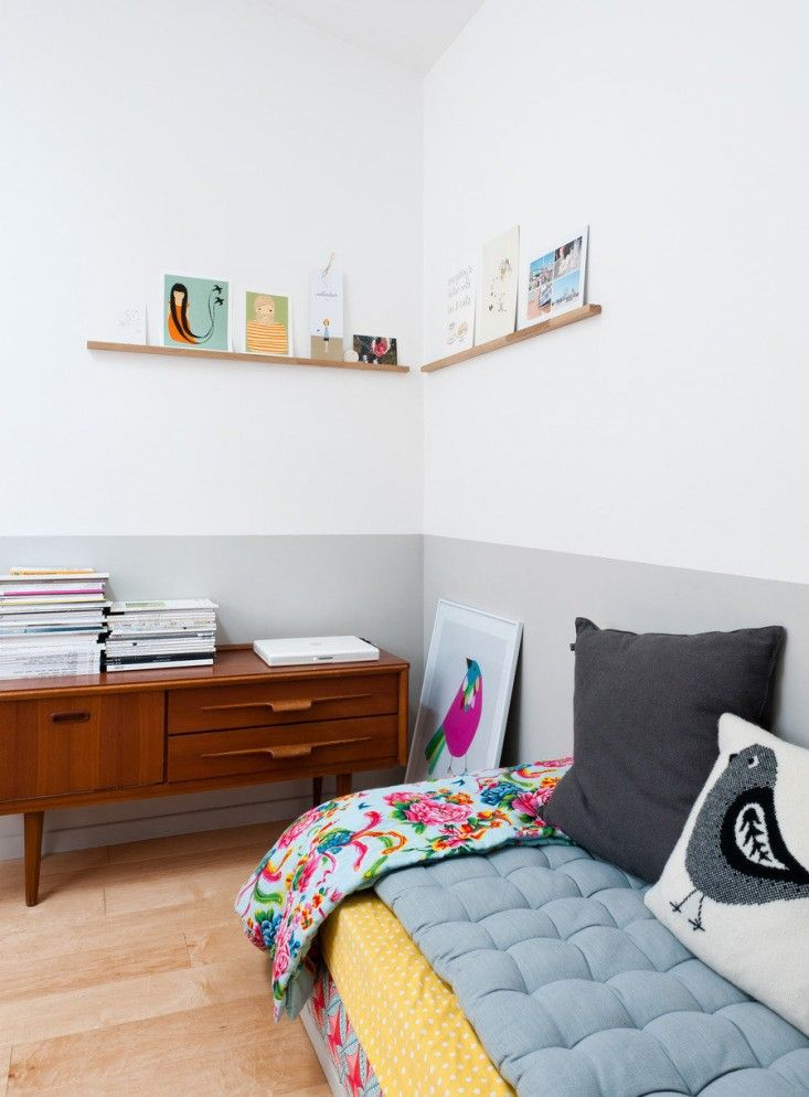 Caroline Gomez, Pastels and Colors in Bordeaux House, corner shelf in bedroom, white and gray painted walls | Remodelista