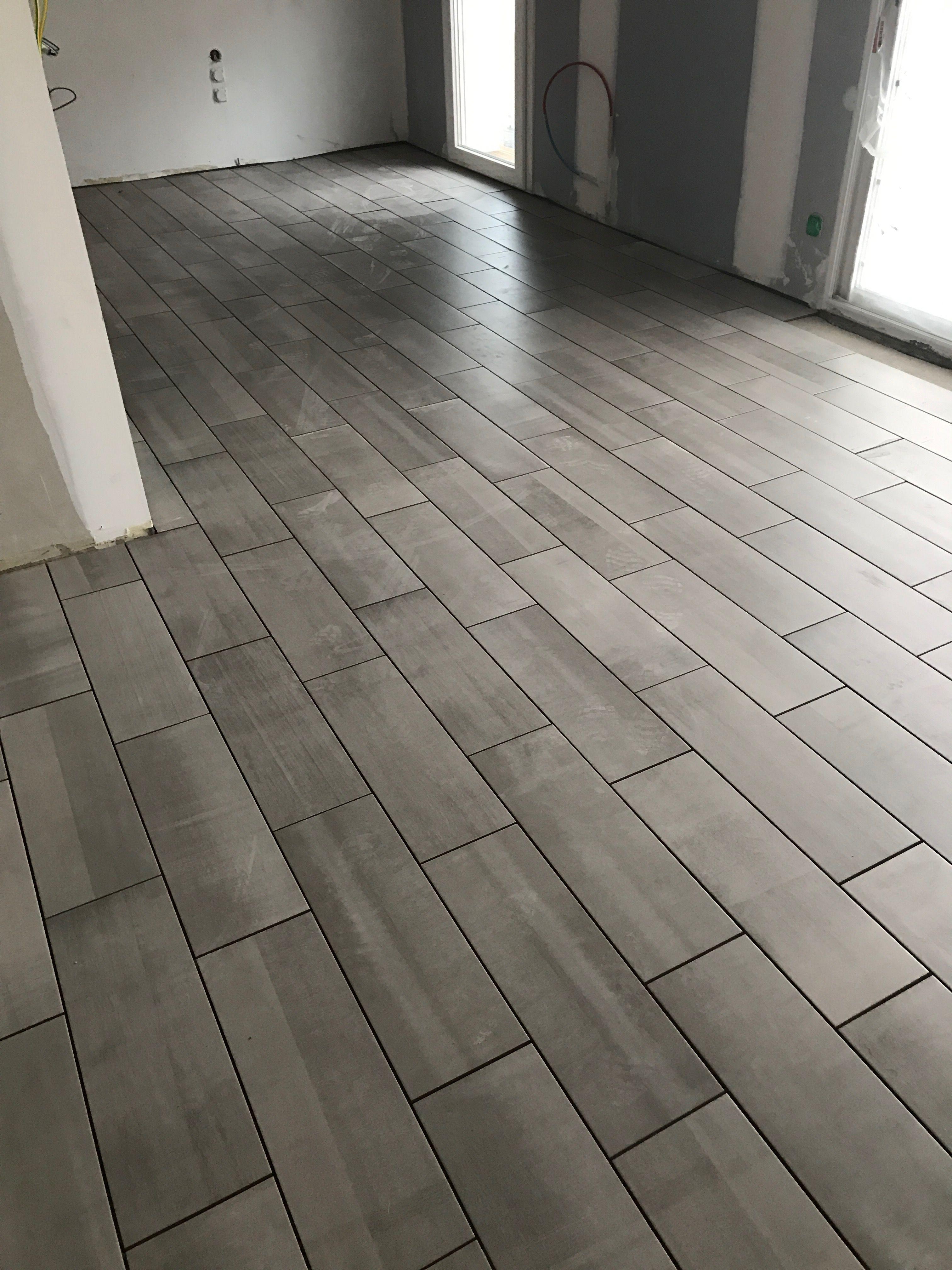 Pose De Carreaux De Type Lame Imitation Parquet Tile Floor Design Flooring