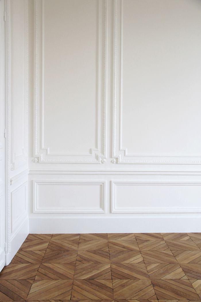 Minimalist herringbone wood floors and white crown molding … Trending - Style Of white crown molding