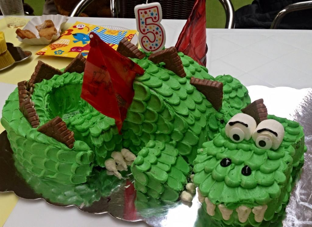 Birthday Cake For 5 Year Boy ~ Dragon cake this is my year old boy birthday cake i got to