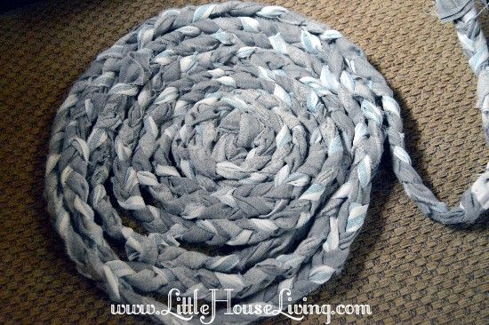 How To Make Rag Rugs Tutorial A Beautiful Braided Rug