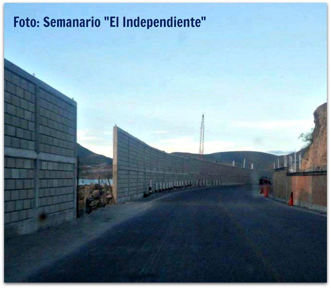 PEMEX hizo sin licencia de construcción barda en Punta Prieta. Alcaldesa de La Paz dice que ya hay negociaciones para que le bajen....