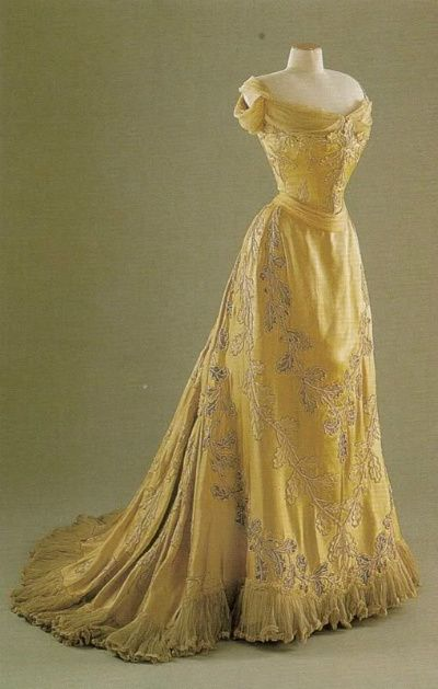 The Oak Leaf dress, made by the House of Worth for Lady Mary Curzon in 1903.