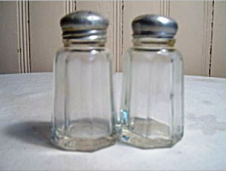 Vintage Woolworths Restaurant Shakers Shakers Salt And Pepper