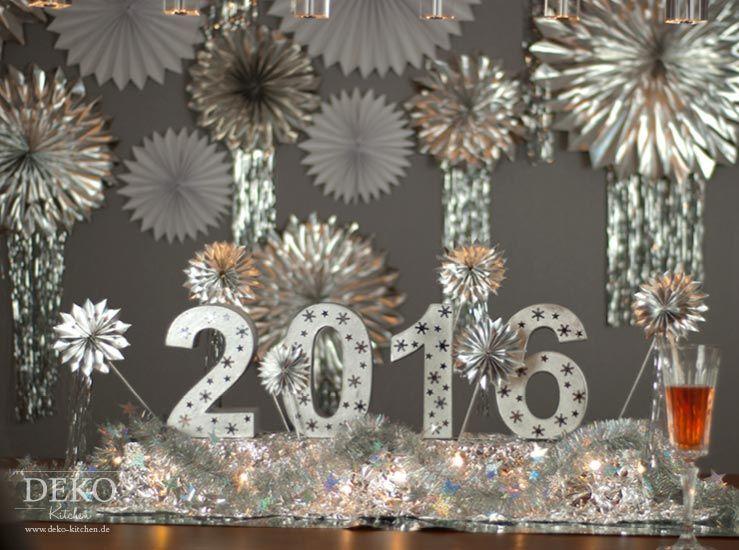 DIY leuchtendes Centerpiece für Silvester-Tischdeko Deko-Kitchen - silvester deko selber machen