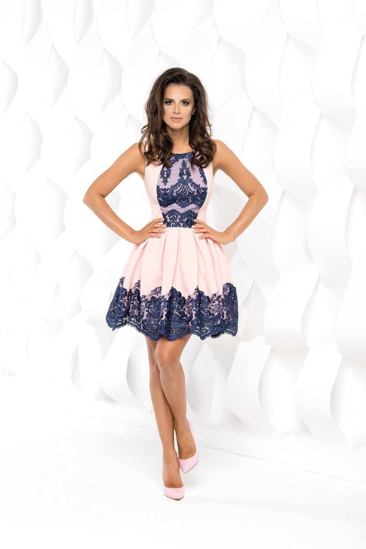 7a0b3064d95fb5 Bico sukienka mini koronkowa rozkloszowana | Sukienki | Sukienki ...